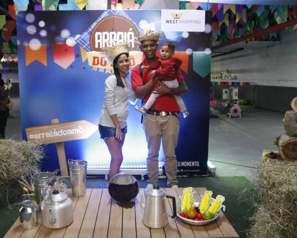 Arraia do Amô West Shopping - Agência DosReis Live Marketing