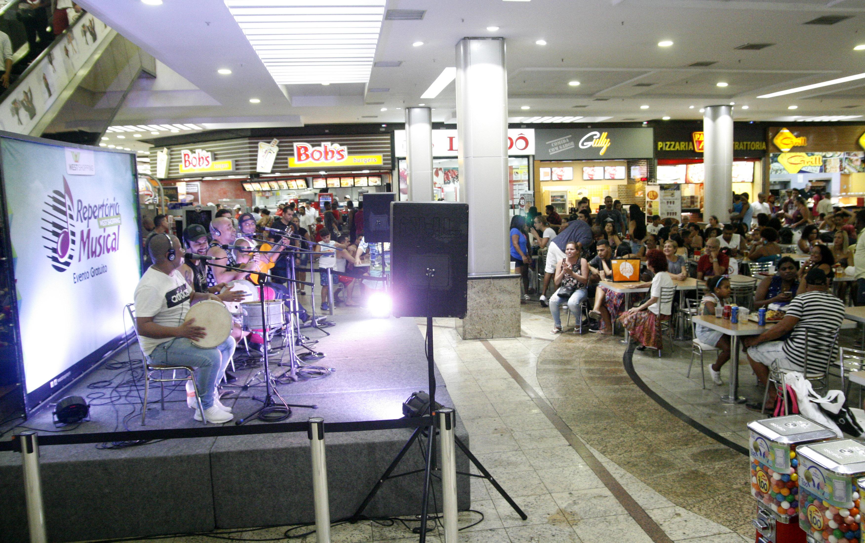 Esquenta de Carnaval West Shopping - Agência DosReis Live Marketing