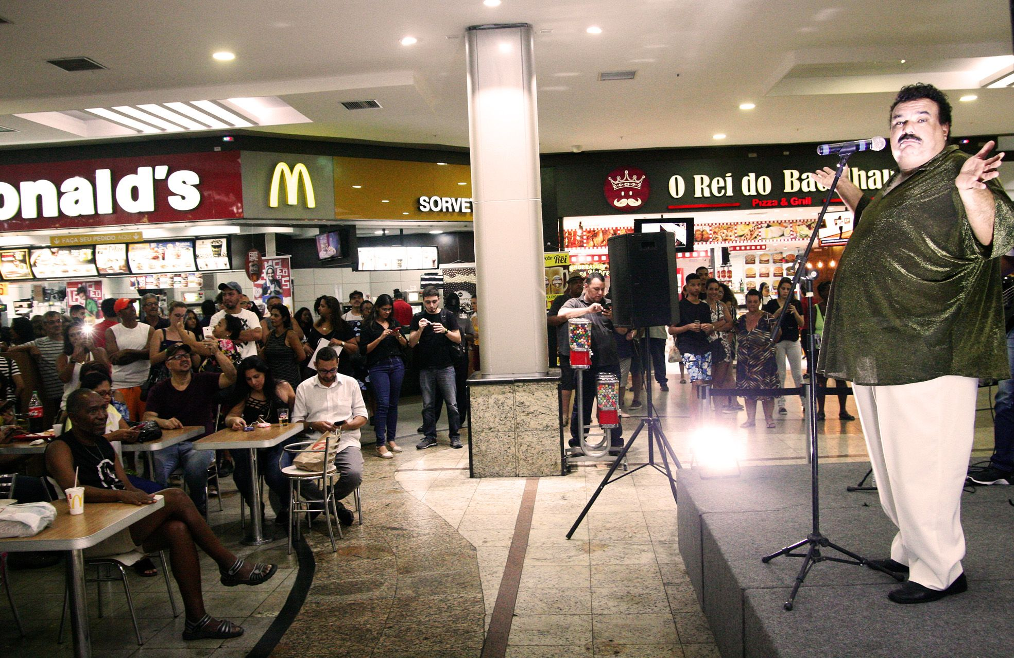 Show West Shopping Victor Sávios - Tim Maia - Agência DosReis Live Marketing